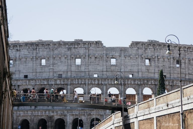 1-blyskitka-colliseum-rome-travel-подорожі-рим-min